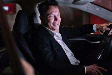 Elon Musk vs Jeff Bezos affordable space war